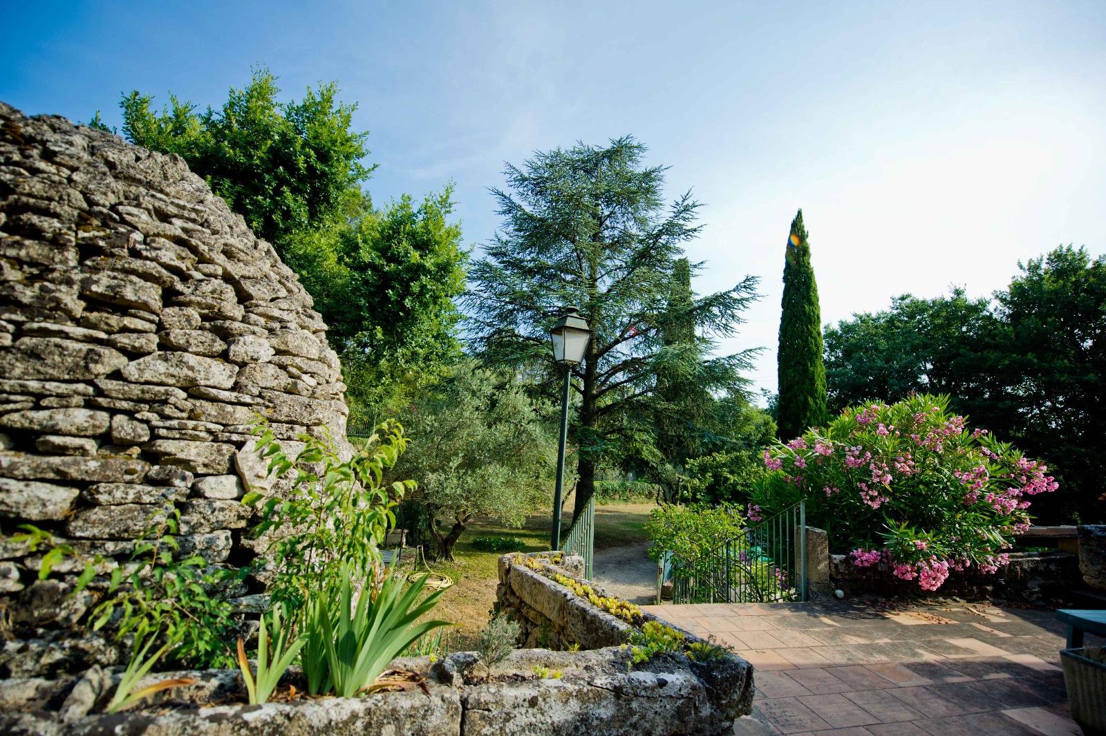 Vente vente maison 7 pieces avec jardin arbor castillon du gard - Vente maison jardin nimes toulon ...